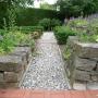 Stein Weg zum Erlebnisgarten