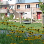 Garten mit Plane und Zelt
