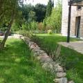 Mini Mauer gelegt mit Steinen