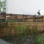 Mülleinhausung aus Holz